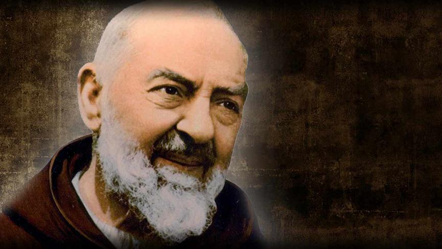 Vivre le carême avec Saint Padre Pio à l'hémicycle Pape François.